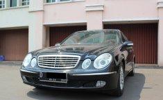 Dijual mobil bekas Mercedes-Benz E-Class E260 2003, DKI Jakarta