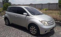 Mobil Toyota IST 2003 dijual, Riau