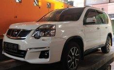 Mobil Nissan X-Trail 2.5 Urban Selection 2014 terawat di DIY Yogyakarta
