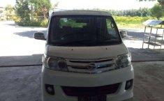 Jual Daihatsu Luxio X 2011 harga murah di Bali