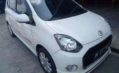 Jual mobil bekas murah Daihatsu Ayla X Elegant 2014 di Riau