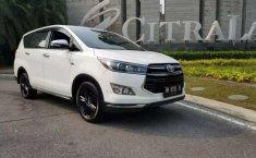 Riau, jual mobil Toyota Venturer 2017 dengan harga terjangkau