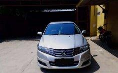Mobil Honda City 2011 E terbaik di Banten