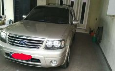 Sumatra Utara, Ford Escape XLT 2008 kondisi terawat
