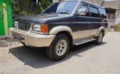 Mobil Isuzu Panther 1998 terbaik di DIY Yogyakarta