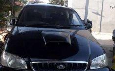 Mobil Kia Carnival 2001 dijual, Jawa Timur
