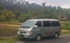 Mobil Kia Pregio 2004 terbaik di Bali