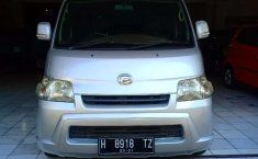 Mobil Daihatsu Gran Max 2014 AC terbaik di Jawa Tengah