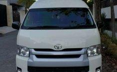 Jual mobil bekas murah Toyota Hiace 2015 di Jawa Timur
