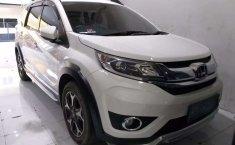 Jual Honda BR-V E Prestige 2017 harga murah di Jawa Timur