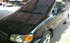 Jual Hyundai Trajet GLS 2001 harga murah di Banten