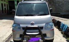 Mobil Daihatsu Gran Max 2010 AC terbaik di Jawa Tengah