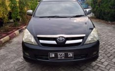 Mobil Toyota Kijang 2005 dijual, Riau