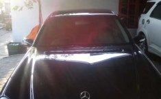 Mobil Mercedes-Benz E-Class 2003 E 240 terbaik di DIY Yogyakarta