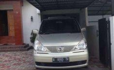 Sumatra Barat, jual mobil Nissan Serena 2010 dengan harga terjangkau