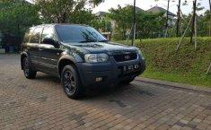 Dijual mobil bekas Ford Escape XLT, Banten