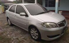 Mobil Toyota Vios 2005 G terbaik di Riau