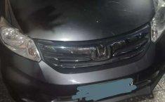Mobil Honda Freed 2012 A dijual, Jawa Timur