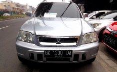 Jual mobil bekas Honda CR-V 2.0 2001 dengan harga murah di Sumatra Utara