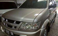 Mobil Isuzu Panther 2004 GRAND TOURING dijual, DIY Yogyakarta