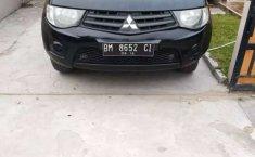 Jual mobil bekas murah Mitsubishi Triton 2014 di Riau