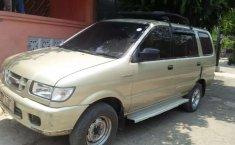 Jawa Barat, Isuzu Panther LS 2001 kondisi terawat