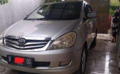 Jual mobil bekas murah Toyota Kijang Innova E 2005 di Jawa Tengah