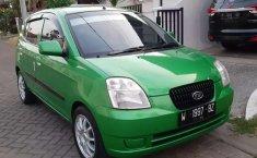 Mobil Kia Picanto 2004 terbaik di Jawa Timur