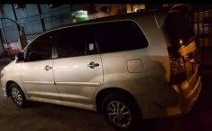 Jual mobil Toyota Kijang Innova V Luxury 2014 bekas, Papua