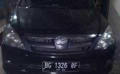 Sumatra Selatan, Toyota Kijang Innova E 2005 kondisi terawat