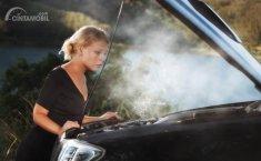 3 Cara Menghindari Mesin Mobil Panas Saat Macet di Jalan