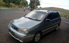 Jawa Barat, Kia Carens 2001 kondisi terawat
