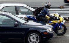 Berikut Tips Mudah Hadapi Pengendara Motor Di Jalan