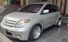 Jual mobil Toyota IST 2004 bekas, Jawa Barat