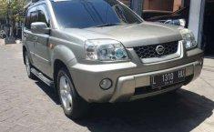 Jawa Timur, jual mobil Nissan X-Trail ST 2005 dengan harga terjangkau