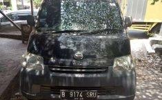 Mobil Daihatsu Gran Max 2010 Box terbaik di Jawa Tengah
