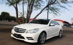 Jual mobil Mercedes-Benz E-Class E250 2012 harga murah di DKI Jakarta