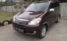 Jual mobil Daihatsu Xenia Li Deluxe 2011 bekas di Jawa Barat