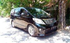 Mobil Toyota Alphard 2010 dijual, Jawa Timur