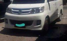 Jawa Timur, jual mobil Daihatsu Luxio X 2012 dengan harga terjangkau