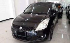 Mobil Suzuki Swift 2012 GX terbaik di Jawa Timur