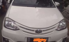 Mobil Toyota Etios 2013 dijual, Jawa Barat
