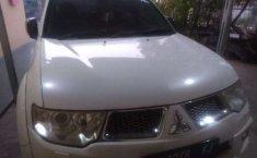 Mobil Mitsubishi Pajero Sport 2013 Dakar terbaik di Banten