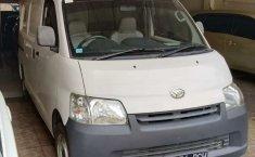 Mobil Daihatsu Gran Max 2011 Blind Van terbaik di DKI Jakarta