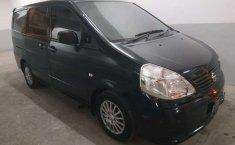 Mobil Nissan Serena 2012 terbaik di Jawa Barat