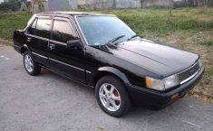 Toyota Corolla 1987 Jawa Timur dijual dengan harga termurah