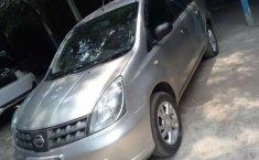 Jual cepat Nissan Grand Livina SV 2012 di DIY Yogyakarta