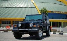 Mobil Jeep Wrangler 2005 Sahara terbaik di Jawa Barat