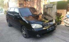 Mobil Kia Carens 2001 terbaik di Jawa Tengah