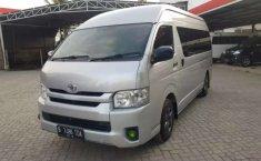 Mobil Toyota Hiace 2014 terbaik di Aceh